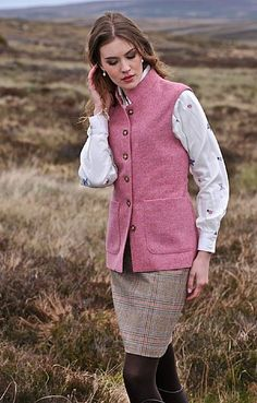 Patch Pocket Pure Wool Waistcoat in Rose from House of Bruar. Country Wear, Country Fashion, Country Outfits, Country Girls, Country Style, Wool Waistcoat, Cruise Fashion, Autumn Rose, Harris Tweed