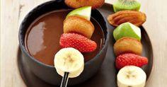 - 400 g de nutella  - - 200 ml de creme de leite  - - 50 ml de leite  -   - Para servir: biscoitos, bolos e frutas