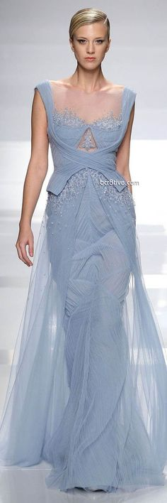 looks like Elsa' s dress from frozen #Tony Ward Spring Summer 2013 Couture
