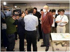 中日・落合GM、井端に言及「リスク背負えるか」 (1) - 野球 - SANSPO.COM(サンスポ)  (via http://www.sanspo.com/baseball/photos/20131105/dra13110519160005-p1.html )