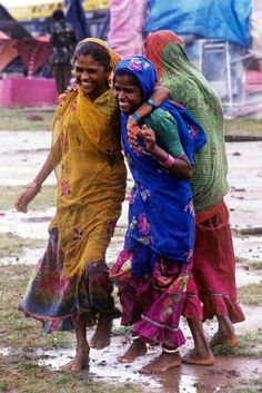 Laughing Girls, India