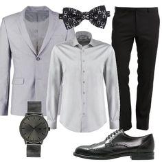 La giacca grigia si abbina ad una camicia di un tono leggermente più chiaro, da indossare con un papillon in fantasia e a dei pantaloni neri. Le scarpe sono delle classiche stringate e per completare la proposta si consiglia un orologio con quadrante grigio. Boyfriend, Polyvore, Outfits, Fashion, Proposal, Fantasia, Elegant, Italy, Butterflies