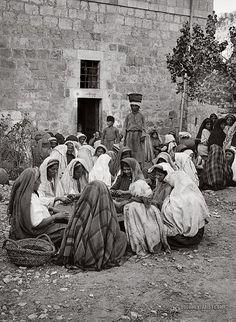 Syria ? Women Sorting Raisins: 1900-1920