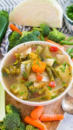 Vegan Instant Pot Weight Loss Soup is a very easy to make veggie soup that packs lots of nutrients and fiber to keep you full and boost your energy. Healthy Dinner Recipes, Soup Recipes, Cooking Recipes, Herb Recipes, Yummy Recipes, Pressure Cooker Recipes, Pressure Cooking, Sin Gluten, Instant Pot