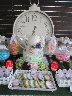 Alice in Wonderland themed birthday party - love it!