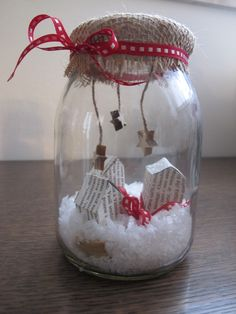Over 25 fantastic ideas on glass jars on Art Christmas Gifts, Christmas Jars, Christmas Birthday, Handmade Christmas, Christmas Time, Christmas Ideas, Canning Jars, Easy Crafts, Art For Kids