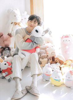 K Pop, Jaehwan Wanna One, Boyfriend Pictures, Kim Jaehwan, Love Of My Life, Nct, Dinosaur Stuffed Animal, Idol, Korean