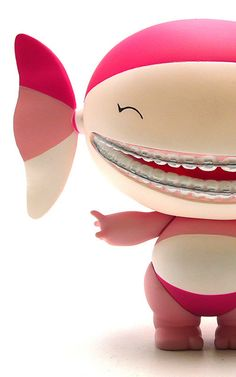 Pretty In pink! ♥ lovesgraphic art toys collection!