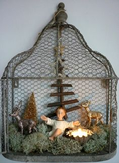 / antique style christmas display / manger scene in chicken wire frame / Prim Christmas, Antique Christmas, Christmas Nativity, Country Christmas, Christmas Wishes, All Things Christmas, Christmas Holidays, Christmas Crafts, Christmas Decorations