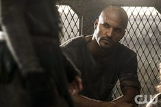 """The 100 -- """"Terms and Conditions"""" -- ImageHU308a_0016 -- Pictured: Ricky Whittle as Lincoln -- Credit: Katie Yu/The CW -- © 2016 The CW Network, LLC. All Rights Reserved"""