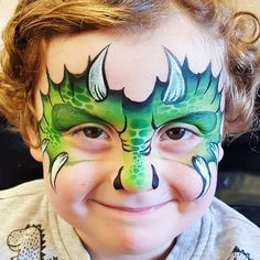 Are you in search of ideas for face painting for parties? Then check out our pick of 30 designs for face painting for kids! Dinosaur Face Painting, Monster Face Painting, Dragon Face Painting, Face Painting For Boys, Face Painting Tutorials, Face Painting Designs, Paint Designs, Animal Face Paintings, Animal Faces