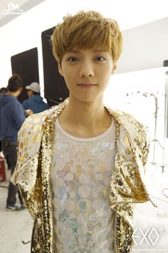 luhan OMG the cutest thing on this planet!!