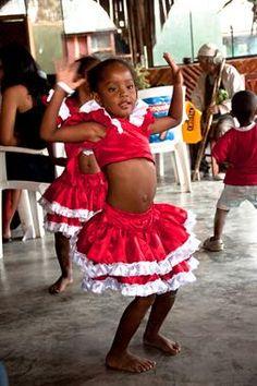 Acabo de compartir la foto de Milton Cesar Rodriguez Triviños que representa a: Baile Afroperuano