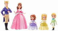 Amazon.com: Disney Sofia The First Royal Family Giftset: Toys & Games