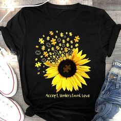 Check this llegenda A Mi Cumpleaos Como Una Reina T-Shirt- Gift Trending Design T Shirt . Hight quality products with perfect design is available in a spectrum of colors and sizes, and many different types of shirts!