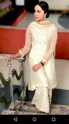 #white #elegance #pakistanidresses #pakistaniactress #nimrakhan