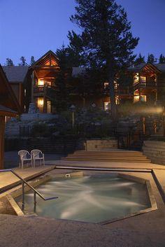 Hotel Search: Buffalo Mountain Lodge