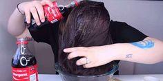 Esto es lo que le paso al lavar su cabello con refresco, ¡descúbrelo!