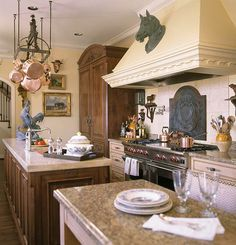 Interior Designer Charles Faudree: French Flair - Traditional Home® (Slide show with 50 photos! Woo hoo!)