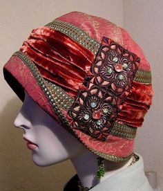 Antique Style Persimmon Red Silk Brocade Jeweled 1920s Gatsby Flapper Cloche Ha