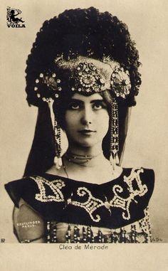 Another beautiful photo of Cleo de Merode.