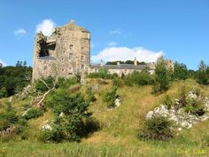 Neidpath Castle, Borders Scotland