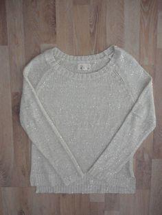 Sweater gris con con lentejuelas #Forever21 #PocoUso #ModaSustentable. Compra…