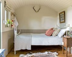 Converting a railway carriage into a country retreat | Period Living