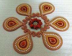 Rangoli Diwali Craft, Diwali Diy, Hobbies And Crafts, Arts And Crafts, Acrylic Rangoli, Indian Rangoli Designs, Silk Thread Bangles Design, Diy Diwali Decorations, Funny Cross Stitch Patterns