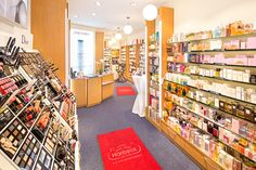 Take a #look at our newly decorated #store in #Berlin-Zehlendorf! We #love it! Do you?
