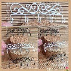Perchero o colgador de herrería #florffminiaturas #escala 1:12 #mini #miniature #miniatura #dollhouseminiatures #dollhouse #casademuñecas #alambre #forja #perchero #rustic #rusty #herreria #accesorios #decoracion #guadalajara #jalisco #mexico