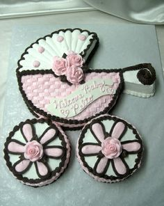 Cake - Love this one, need other ideas. Need more choices. Maybe. Baby Shower Cupcake Cake, Baby Shower Treats, Shower Cakes, Baby Showers, Cupcake Cakes, Sofia Birthday Cake, Pastry Design, Baby Carriage, Baby Cakes