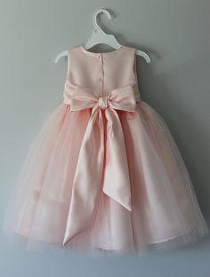 El vestido de Alice: Hecho a mano flor vestido por SaskiaDankbaar