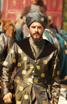 Timurid Empire, Indian Groom Wear, Kosem Sultan, Historical Fiction Novels, Novel Characters, Turkish Beauty, Arabian Nights, Ottoman Empire, Turkish Actors