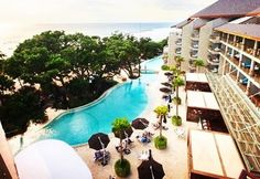 #bali #baliindonesia #doublesixbeach #doublesixseminyak #doublesix #resorts BALI DOUBLE SIX ON SPECIAL  Double-Six Luxury Hotel Seminyak 5 FROM $966 PER PERSON . $110 DEPOSIT  7 Nights in the comfort of an 80sqm Double-Six Leisure Suite Unlimited made to order breakfast at Seminyak Italian Food (Monday - Saturday) and a special buffet breakfast at the Rooftop Sunset Bar (Sundays) BONUS OFFERS:  Nightly free-flow drinks (selected beer wine and cocktails) at the Rooftop Sunset Bar from 7pm… Bali Holidays, Luxury Holidays, Bali Travel, Luxury Travel, Bali With Kids, Butler Service, Rooftop, Italian Recipes, Grill Restaurant