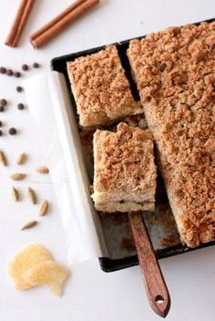Chai-Spiced Crumb Coffee Cake