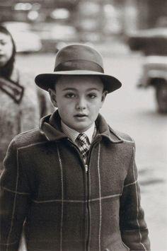 Boy in man's hat, NYC, 1956. Diane Arbus