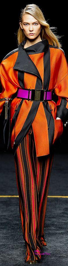 Paris Fashion Week.           Balmain.           Fall 2015.           Ready-To-Wear.