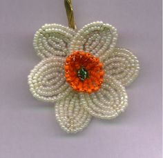 Gorgeous Daffodil and easy to follow pattern