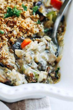 Creamy Wild Rice Mushroom Casserole | vegan casserole recipe | vegan thanksgiving recipe | ohmyveggies.com