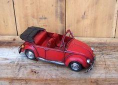 Macheta auto retro - VW rosu Vw, Retro, Mid Century