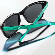 Vibrant Burberry Spark Sunglasses with contrast metallic arms