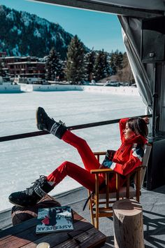 Obsessed with this red ski suit from Perfect Moments - paired it with black moon boots for a day at Snow Polo in Aspen with St Regis Winter Boots Outfits, Ski Outfits, Outfit Winter, Aspen Mountain, Snow Mountain, Winter Outfit For Teen Girls, Viva Luxury, Ski Girl, Ski Fashion