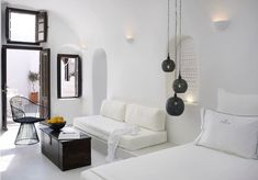 Distinctive Traditional Design Unveiled by Lovely Boutique Hotel in Santorini - http://freshome.com/distinctive-traditional-design-unveiled-by-boutique-hotel-santorini/
