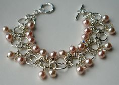 Sweet Peach Chainmaille Bracelet - So delicate!  Click on the link for directions to make it!  I may have to give this one a shot :o)