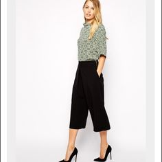 Spotted while shopping on Poshmark: Asos black culottes wide leg cropped pants! #poshmark #fashion #shopping #style #ASOS #Pants