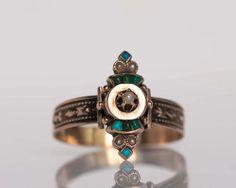 Crystal Jewelry, Jewelry Rings, Jewelry Box, Jewelery, Fine Jewelry, Antique Rings, Antique Jewelry, Vintage Jewelry, 1920s Jewelry