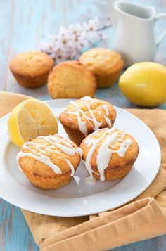 Keto lemon muffins on a white plate with lemons in the background. donut recipe all day i dream about food Lemon Cream Cheese Muffins - Keto Recipe Lemon Recipes, Low Carb Recipes, Diabetic Recipes, Diet Desserts, Holiday Desserts, Keto Snacks, Healthy Snacks, Healthy Eating, Keto Flour