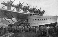 Crowd posing with the Do X aircraft, mid-1930s