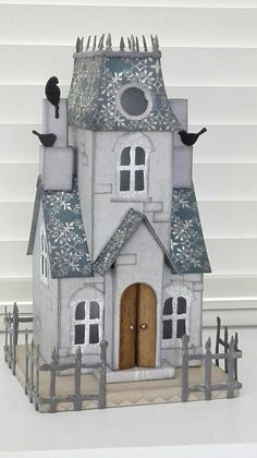 Billedresultat for sizzix village manor UK Christmas Village Houses, Halloween Village, Putz Houses, Christmas Villages, Halloween House, Bird Houses, Haunted Houses, Halloween Projects, Doll Houses